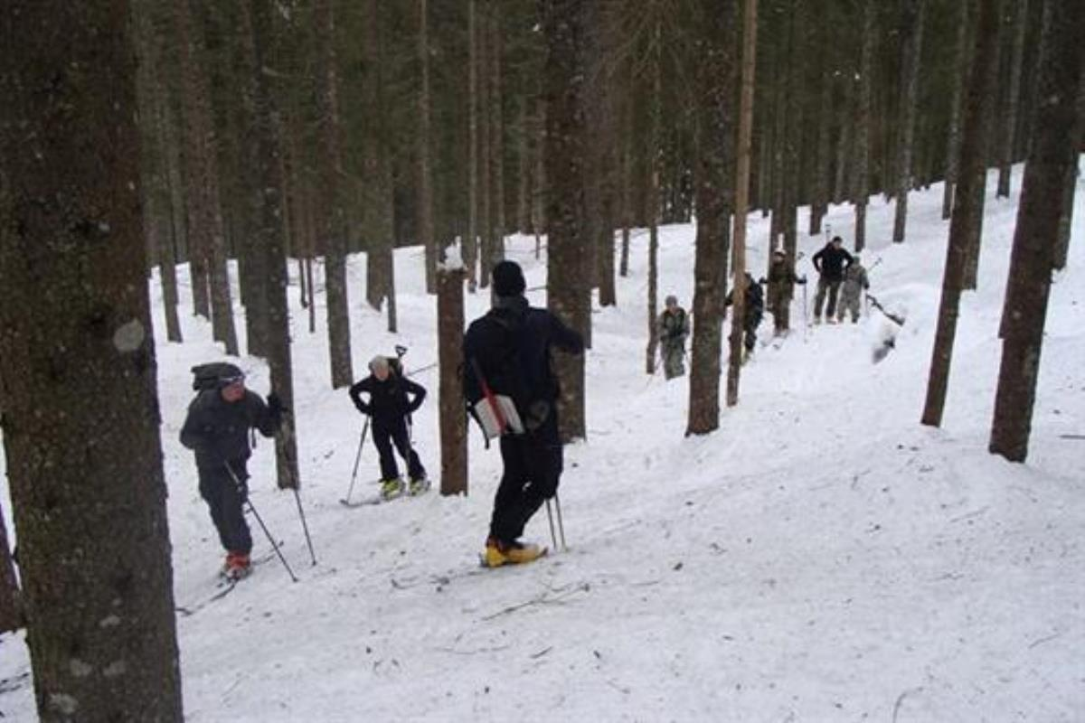 marine corps invests millions in new skis for cold weather