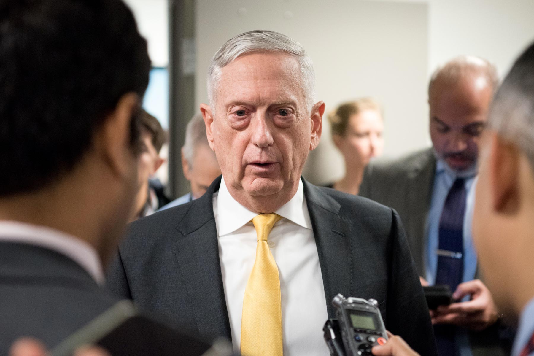 Mattis Presses Afghan Peace Talks as Casualties Mount