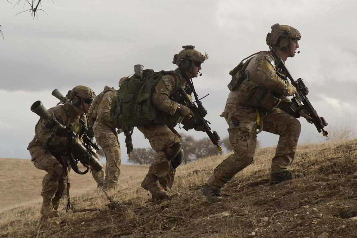 Army's 75th Ranger Regiment Offers $10K Enlistment Bonuses ...  Army's 75th...