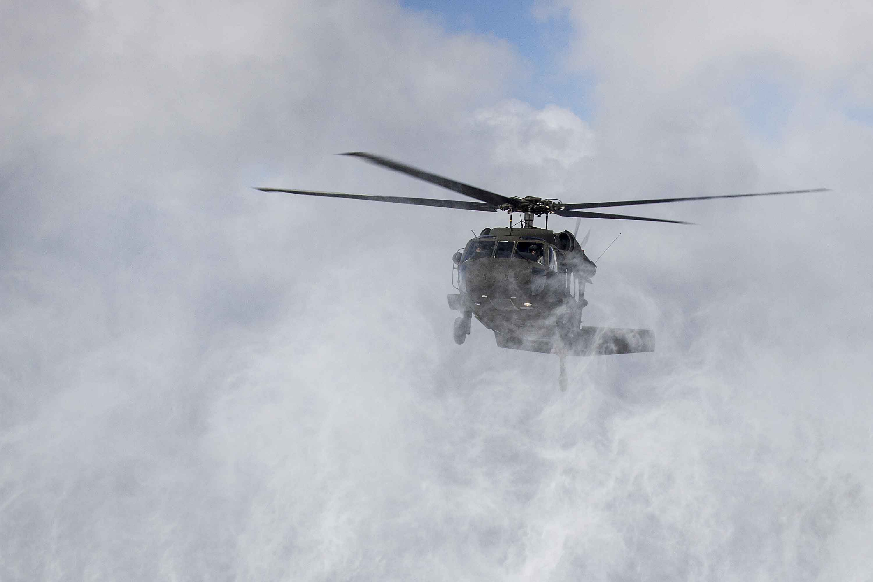 Climber Rescued by Black Hawk Helo After Falling 200 Feet down Mountain