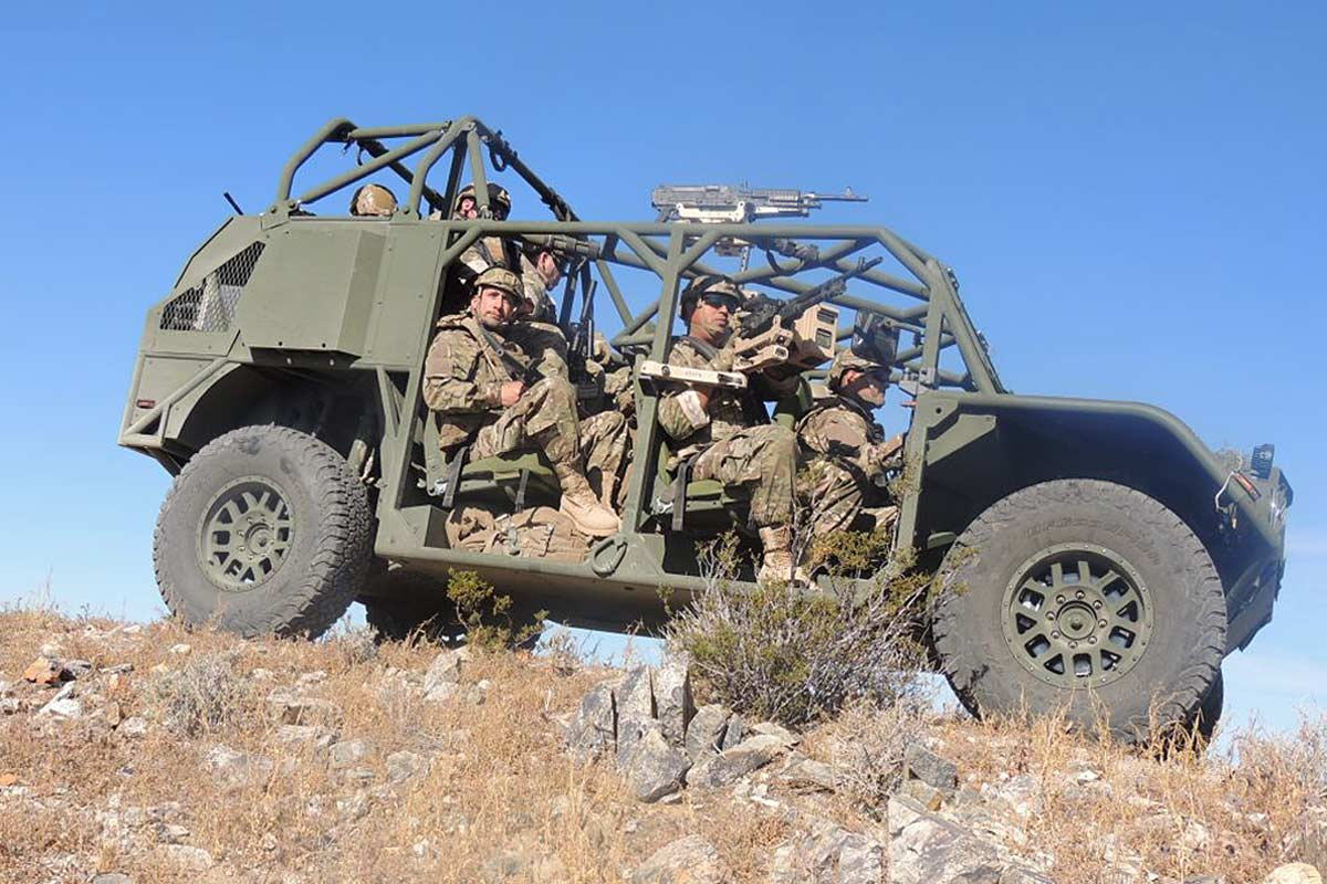 Oshkosh, Flyer Will Build Army's Ultralight Vehicle for Carrying Grunts into Battle