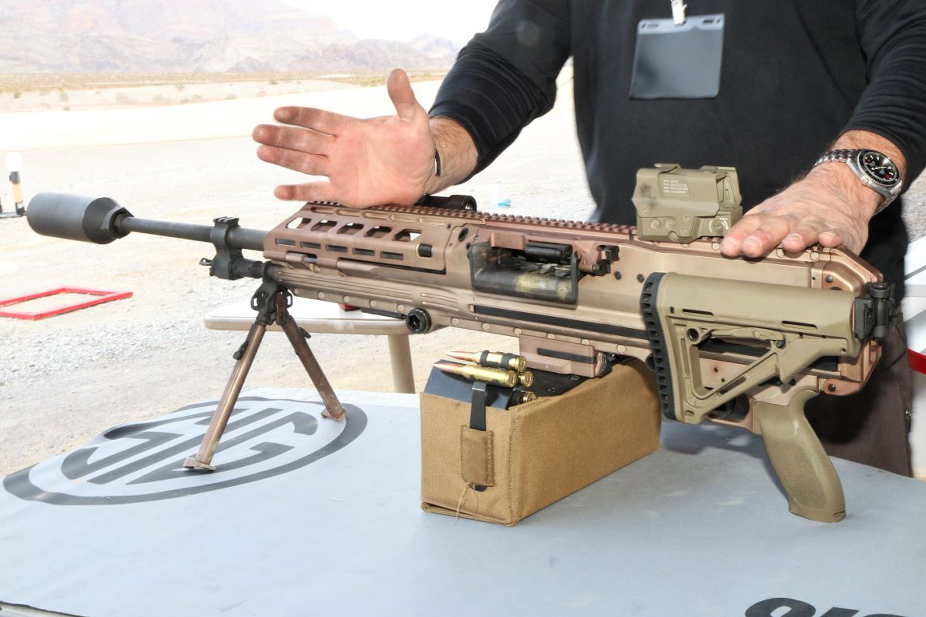 Here's the New Light Machine Gun SOCOM Is Evaluating