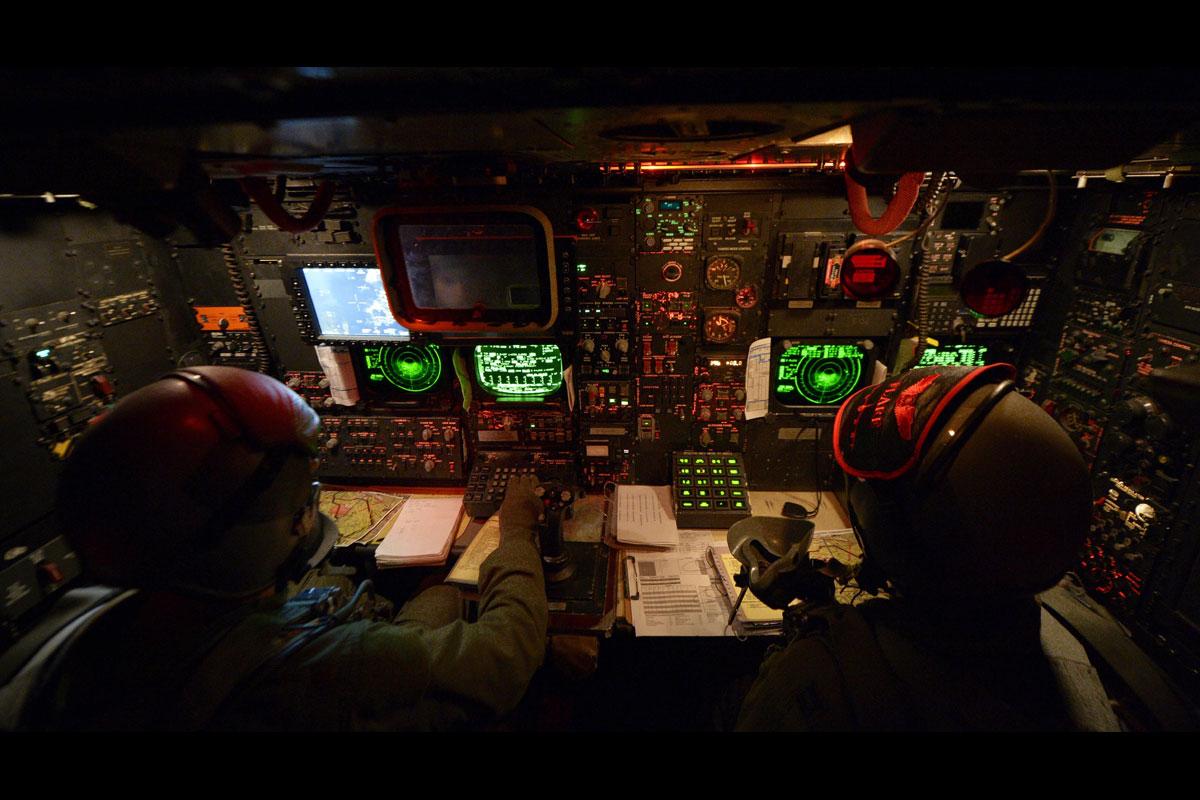 B 52 Stratofortress Military Com