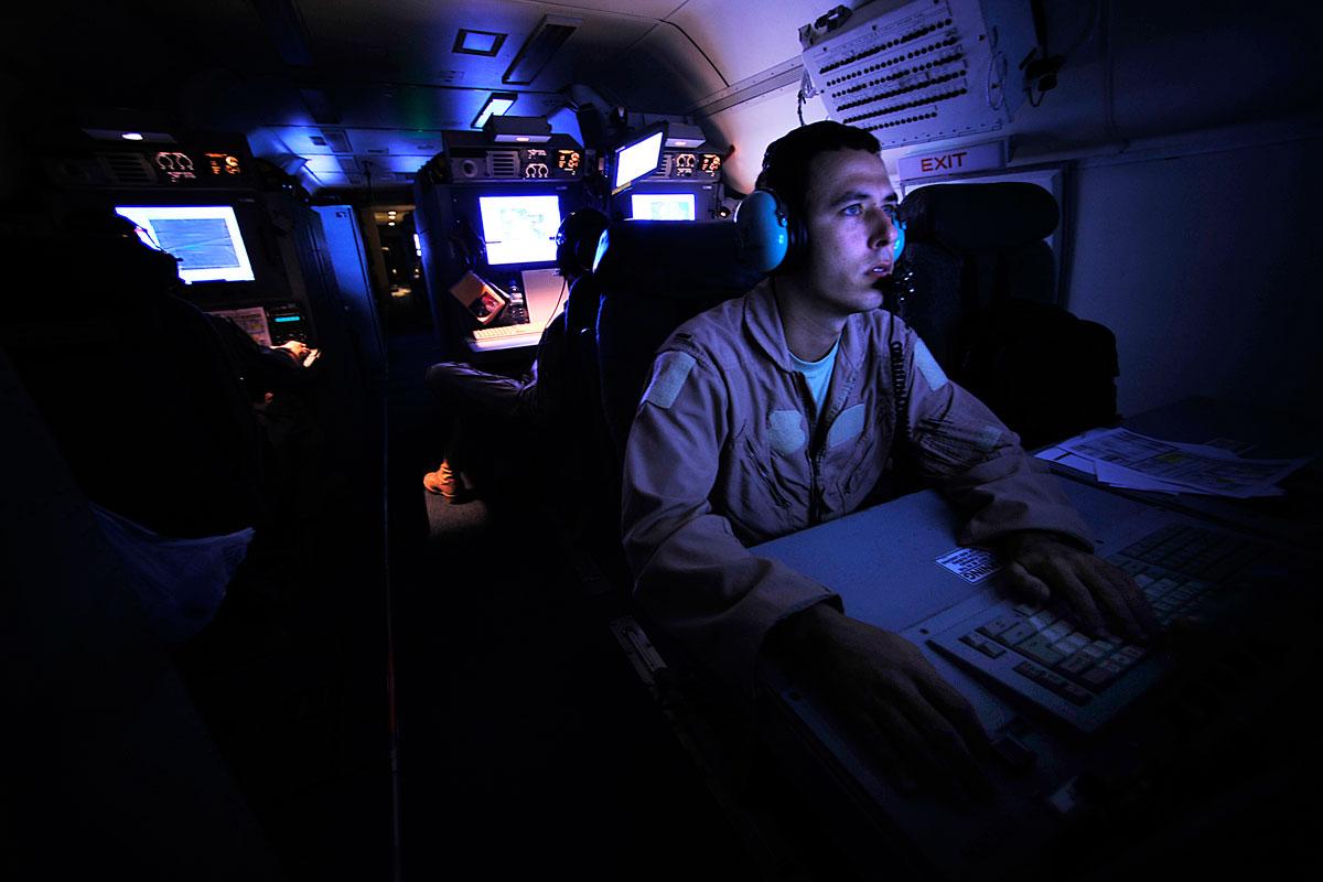 E C Joint Stars on Desert Aircraft Engines