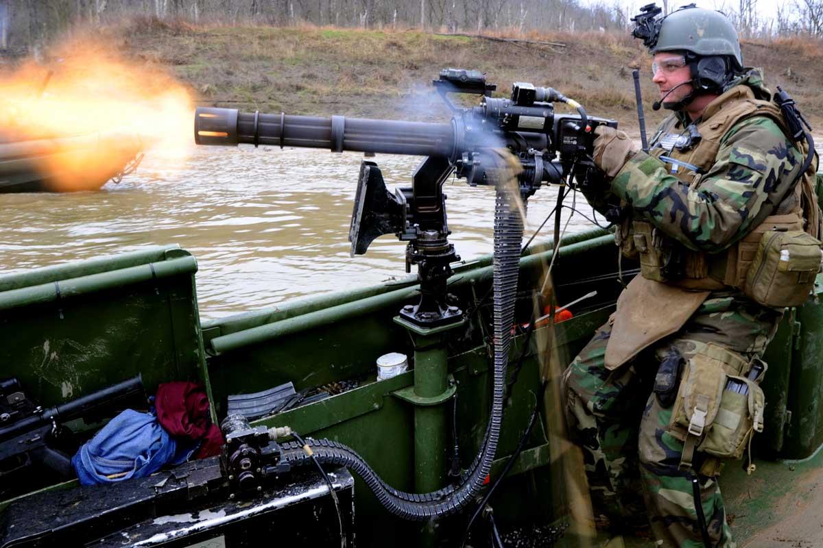 Guns The Military Uses >> Machine Guns Military Com