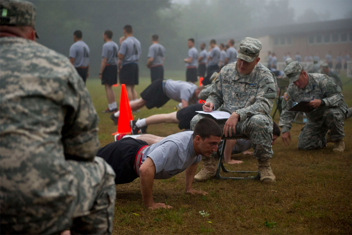 Preparing for the PFT | Military.com