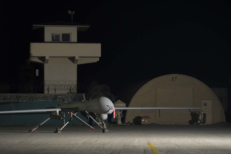 DroneX Pro, Le Test - Ce Qu'il Faut Savoir Sur Ce Drone Haut De Gamme pas cher