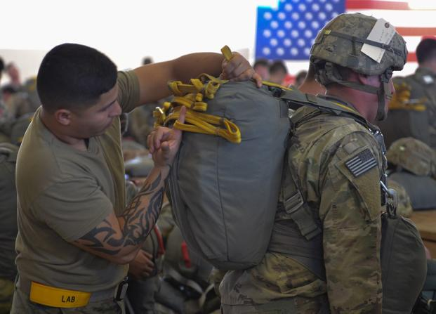536b57ec1 A Jumpmaster from the 3rd Brigade Combat Team