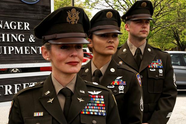 Army Still Tweaking Green Service Uniform as Recruiter Wear Test