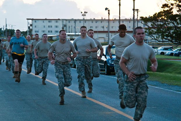 Marines compete in Combat Fitness Test