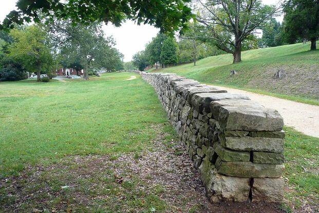 Marye's Heights, Fredericksburg, Virginia at Fredericksburg and Spotsylvania National Military Park. Photo via Wikipedia.