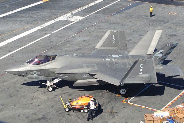 An F-35C Lightning II Joint Strike Fighter sits on the flight deck of the aircraft carrier USS Nimitz. Photo by Ho Lin/Military.com