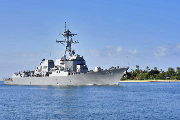 USS Michael Murphy (DDG 112) returns to Joint Base Pearl Harbor-Hickam after providing assistance to the Royal Canadian navy auxiliary oil replenishment ship HMCS Protecteur (Photo: US Navy)