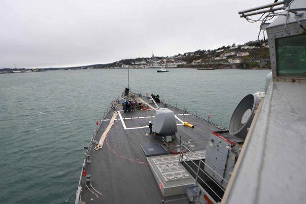 USS Donald Cook (DDG 75) arrives in Cobh, Ireland, March 21, 2017. (U.S. Navy photo/Mass Communication Specialist 3rd Class Alyssa Weeks)