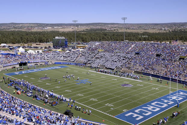 Air Force Academy Finds No Wrongdoing in Coach's Bible ...