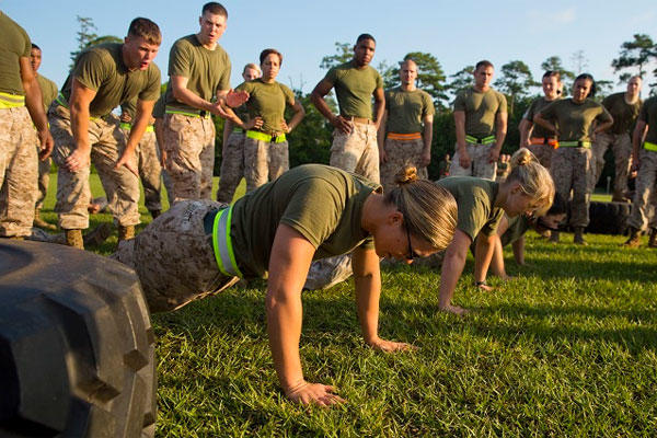 Marines and sailors with Combat Logistics Regiment 27, 2nd Marine Logistics Group compete in a combat fitness challenge at Camp Lejeune. (U.S. Marine Corps photo/Sgt. Paul Peterson)