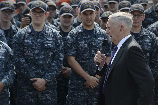 Secretary of Defense Jim Mattis speaks with the crew of Ohio-class ballistic missile submarine USS Kentucky during a visit to Naval Base Kitsap-Bangor, August 9. (U.S. Navy/Mass Communication Specialist 2nd Class Wyatt L. Anthony)