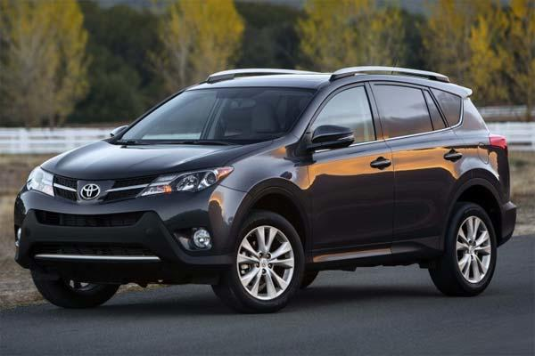 FILE PHOTO: 2013 Toyota RAV4 Limited 4dr SUV (Toyota Motor Sales, U.S.A.,