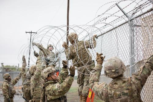 U.S. soldiers install wire at the border for Operation Secure Line in Hidalgo, Texas on November 11, 2018. (U.S. Customs and Border Protection Office of Public Affairs/Ozzy Trevino)